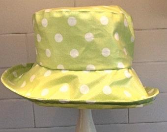 PVC Rain hat in Green Spot