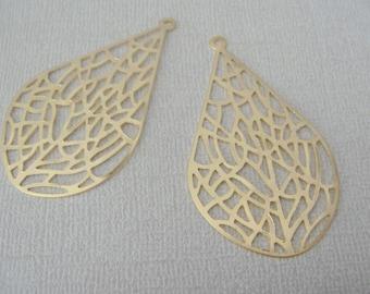 Jewelry findings, Matte Gold Tarnish resistant Teardrop filigree pendant, earring connector, charm, KR82413