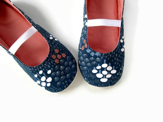 Women's Slippers with a Navy Blue Floral Print - Made to Order Sizes 5-11