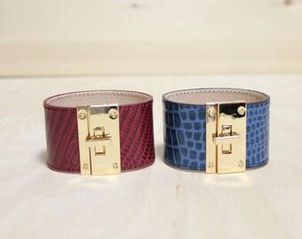 Python Pattern Cowhide Leather Bracelet(Burgandy or Blue)