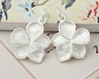 2 of  925 Sterling Silver  Flower Pendants 15mm., with Colorless CZ :th2200