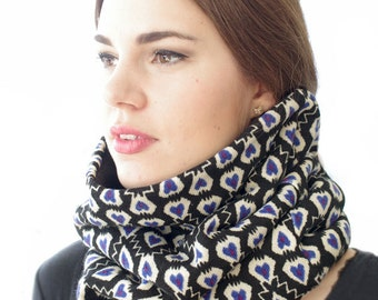 Soft and elegant fleece and acrylic mix cowl in white and blue - READY to ship