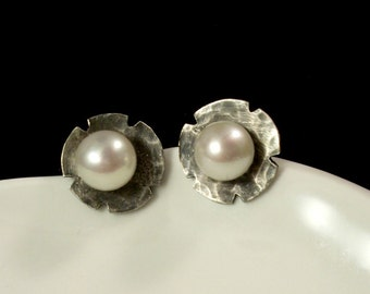 Sterling silver post/stud earings with freshwater pearls - Metalwork/silversmithed jewelry