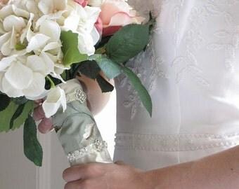 Sale Wedding, Bridal Bouquet Wrap,Gold Bouquet Wraps,Fall Wedding,Rhinestone Bouquet Wraps,Ready to Ship Wedding Accessories,Weddings,Bridal