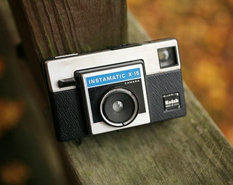 Vintage Kodak Instamatic X15 35mm Film Camera - WORKS