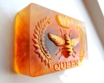 QUEEN BEE HONEY Soap, Queen Bee Soap, with Calendula Flowers, Scented in Wild Honey, Honey Bee Soap, Honey Soap, Birthday Gift