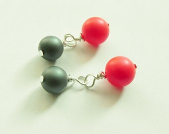 Shell pearl chainlink cufflinks in variety of colour choices, red and grey/gray, blue and beige, wine and coffee