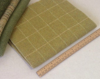 Wool for Rug Hooking and Applique,   Spring Green Windowpane, Select-a-Size, J889