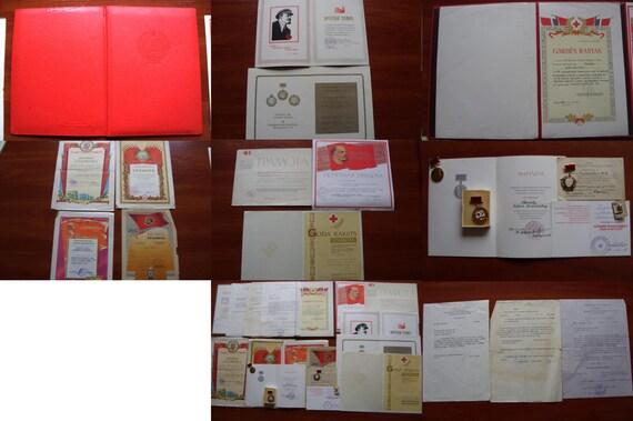 3 Orders Document 4 Pinback Badges 11 Testimonials RARE Gramota SOVIET Lithuania