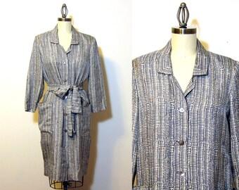 Vintage 1950s shirtwaist dress - gray and white print - womens size large - vintage day dress - tie belt - retro women's button front dress