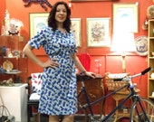 SALE Button Up Blue Tulip Print Dress with Collar and Belt - Short Sleeve - Retro Lady Floral