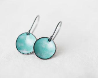Enamel pebble earrings : seafoam blue with white