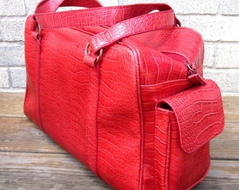 Vintage Red Overnight Travel Bag Carry On Luggage