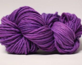 Single Ply sp Super Bulky Yarn  Hand dyed Merino 44sp14009 Purple Rain
