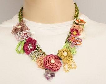 Bip necklace ,Statement  necklace , crochet oya necklace ,