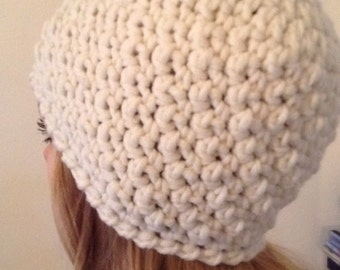 Chunky beannie hat in cream