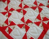 SALE  Red and white Christmas quilt pinwheel baby quilt, hand-quilted
