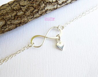 Sterling Silver Infinity Heart Bracelet... Valentines Day... Daughters... Mothers... Sisters...