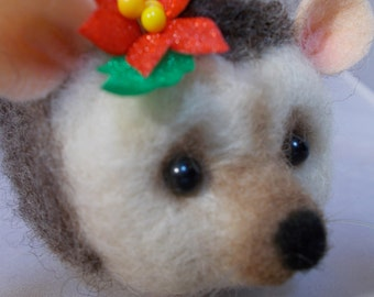 Christmas Hedgehog, Needle felted, Handmade, Needle crafted OOAK by Grannancan