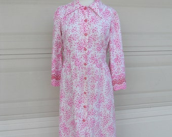 SALE 50s Pink Floral Print Button Up Dress w/Border Print Midi M-L