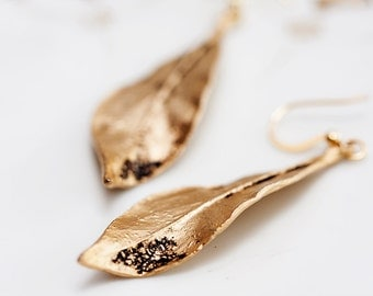 Autumn Leaf Earrings Antiqued Gold Leaf Simple Earrings Fall Leaves Pendant Dangle Leaf Jewelry - E099