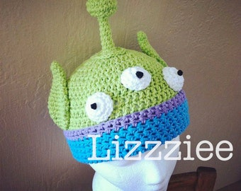 Alien Crochet Hat pattern PDF - DIY - newborn to adult sizes included in the pattern - Instant Digital Download