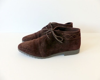 Vintage Lace Up Ankle Boots Festival Hippie Boho Suede Pixie Chocolate Brown 90s Grunge Hipster Booties Top Stitching / size 7 UK 5 Eu 37 38