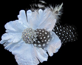 Diamond White Fascinator Hair Clip With Clear Rhinestone Feathers  - SCARLETT