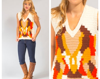 Crochet top size small novelty design sleeveless V neck sweater vest