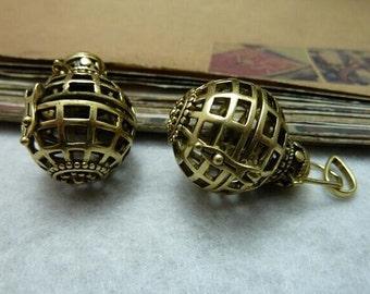 2pcs 21x28mm  Can Open Antique Bronze the  Wishing ball  Charm Pendant C7869