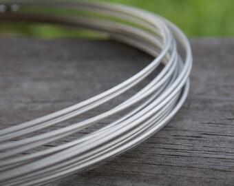 1 foot Titanium Wire Round Soft 18 Gauge Hypoallergenic Grade 1 Titanium Wire