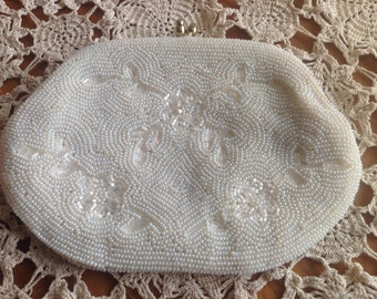 Vintage white beaded purse clutch