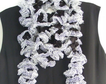 Black & White Starbella Lace Crocheted Ruffled Scarf
