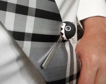 Chomped down Tie Clip (Chain Chomp)