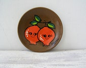 Retro ceramic hand painted Pomegranate wall Plate, Rustic 70s brown red kitchen wall hanging Pottery Decor Home Garden Autumn fruit Harvest