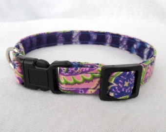 Cat Collar/ Purple Paisley / Cotton 3/8 inch Small to Med
