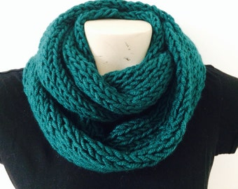Infinity Circle Chunky Cowl Scarf, Green Infinity Scarf, Usa Seller