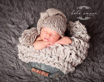 Newborn Hat and Blanket set - FAWN Beanie and OATMEAL bump blanket - Newborn photo prop set - knitbysarah - Stitches by Sarah