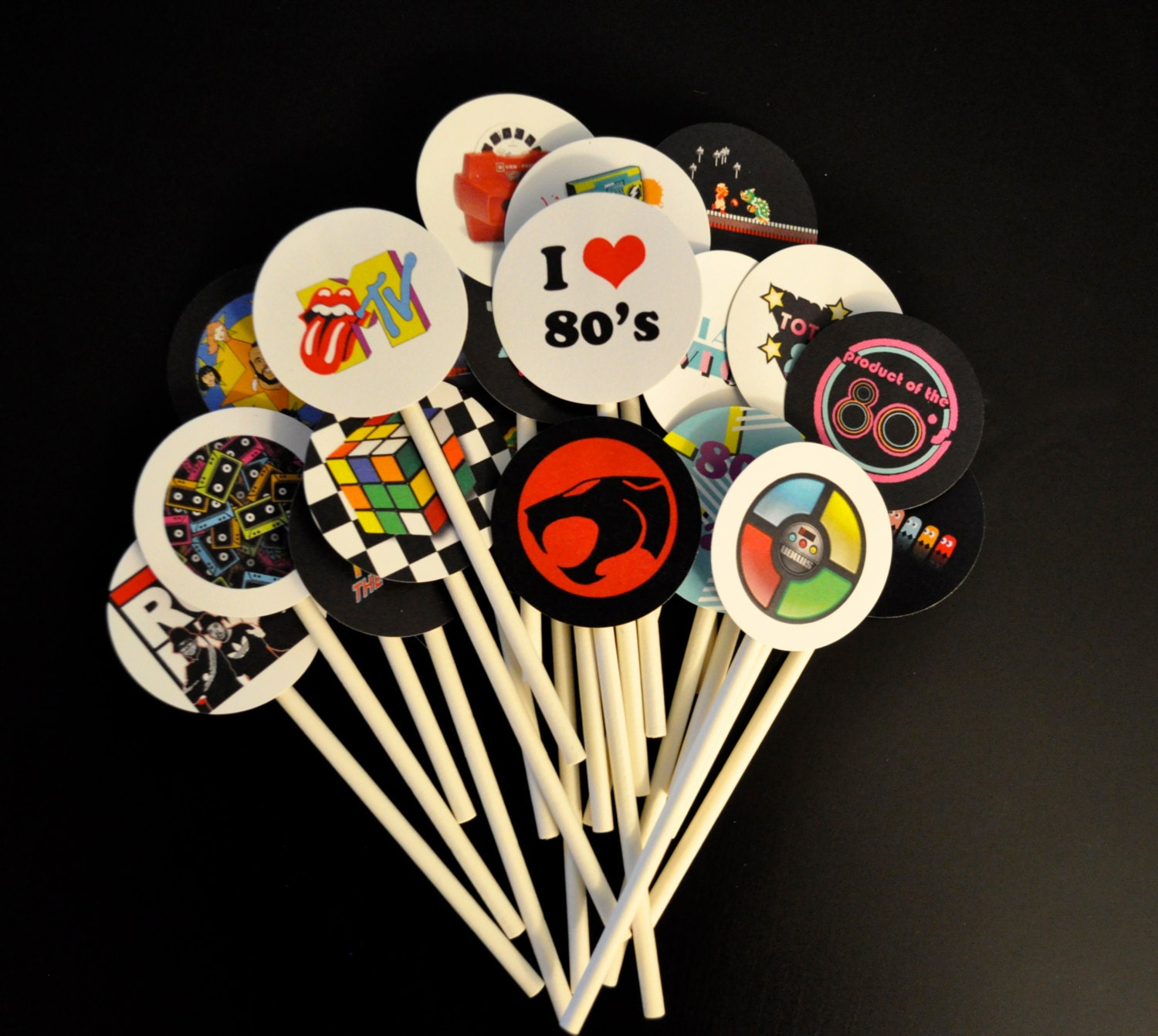 20 totally awesome 80s cupcake toppers 80s theme party cake for Decoration 80 s