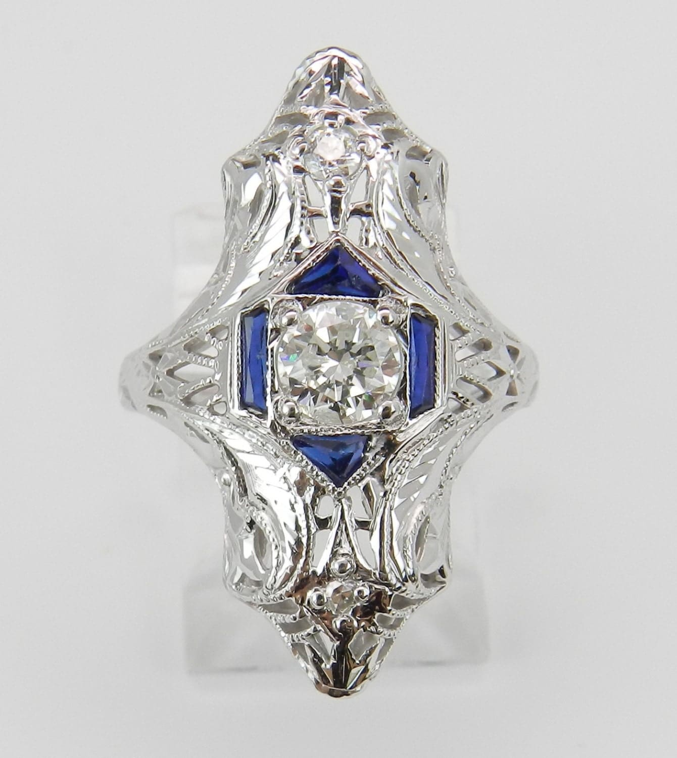 and blue sapphire ring antique ring deco by