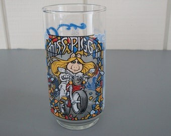 Vintage 1981 The Great Muppet Caper Drinking Glass-Miss Piggy - Collectible - Glassware