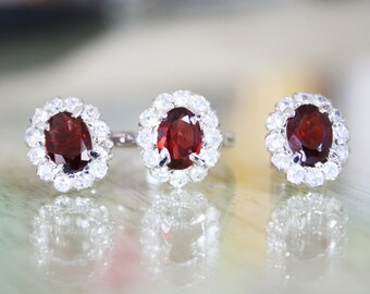Vintage Red Rhinestone Ring and Earring Set / Ring Size 6