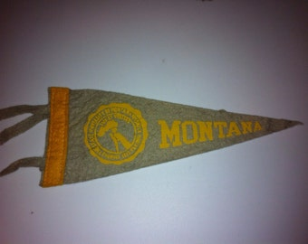 University of Montana Vintage Felt Pennant with tassels