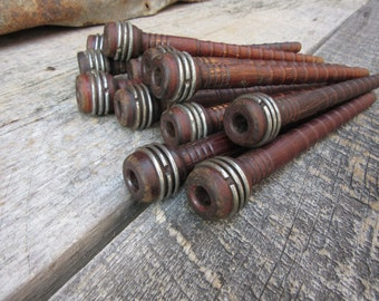 Lot of 14 Primitive Antique Wood Spool Bobbin Industrial Wooden Textile Decor Wood and Wire Metal Rustic Wedding Flower Bouquet vtg Sewing