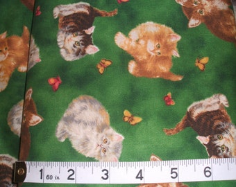 """Kittens On Green 100% Cotton Fabric Fat Quarter - 18"""" by 22"""""""