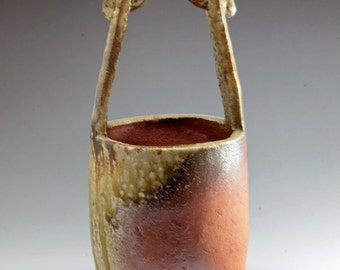 Shigaraki, anagama, ten-day anagama wood firing, with natural ash deposits flower vase. hana-60