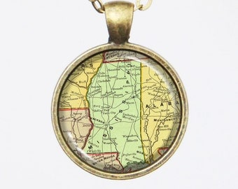Mississippi, State Map Necklace - State of Mississippi, United States -Vintage Map Series