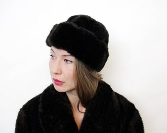 Vintage Matching Dark Chocolate Brown Genuine Fur Hat