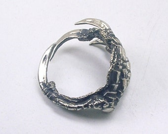 Raven Claw Ring Magpie, White Bronze