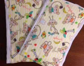 Monkeys baby shower gift/Monkey Burp Cloths/Monkey print baby diaper burp cloths/Animal print burp cloths/Set of 2 burp cloths/